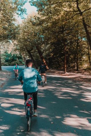 se déplacer à vélo pour slow tourisme