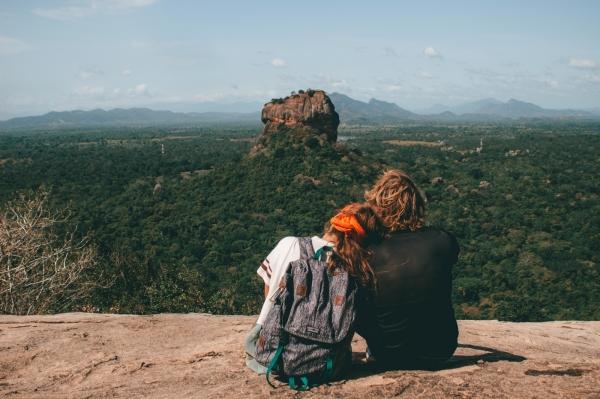 photo de couple pour voyage sur mesure durable