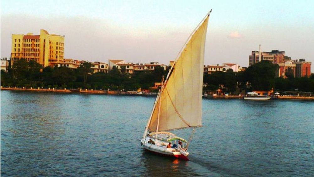 Cairo: 2-hour Romantic Felucca Cruise on the Nile
