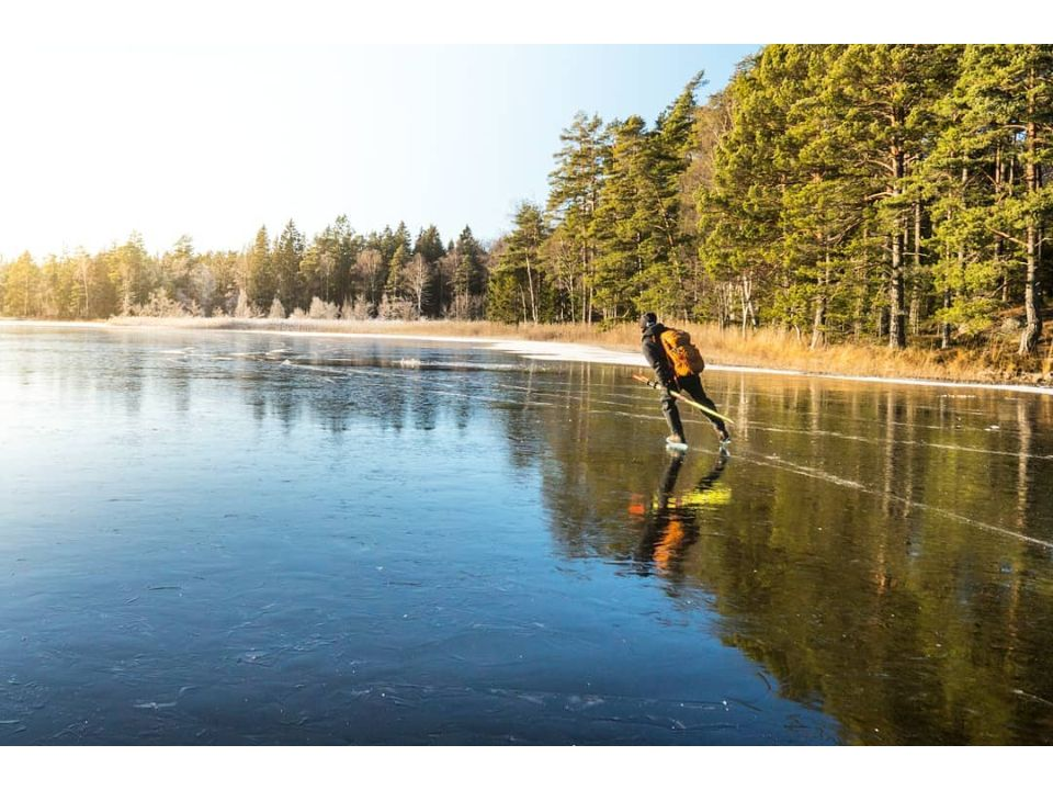 From Stockholm: Full-day Private Ice Skating Tour for Beginners