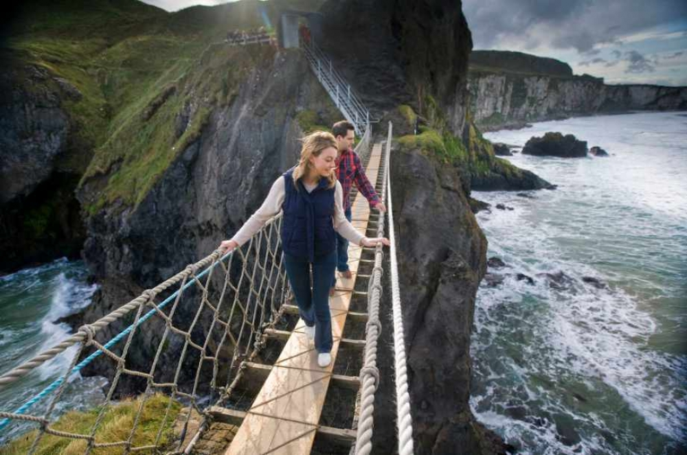 From Dublin: Giant's Causeway and Carrick-a-Rede Rope Bridge Tour