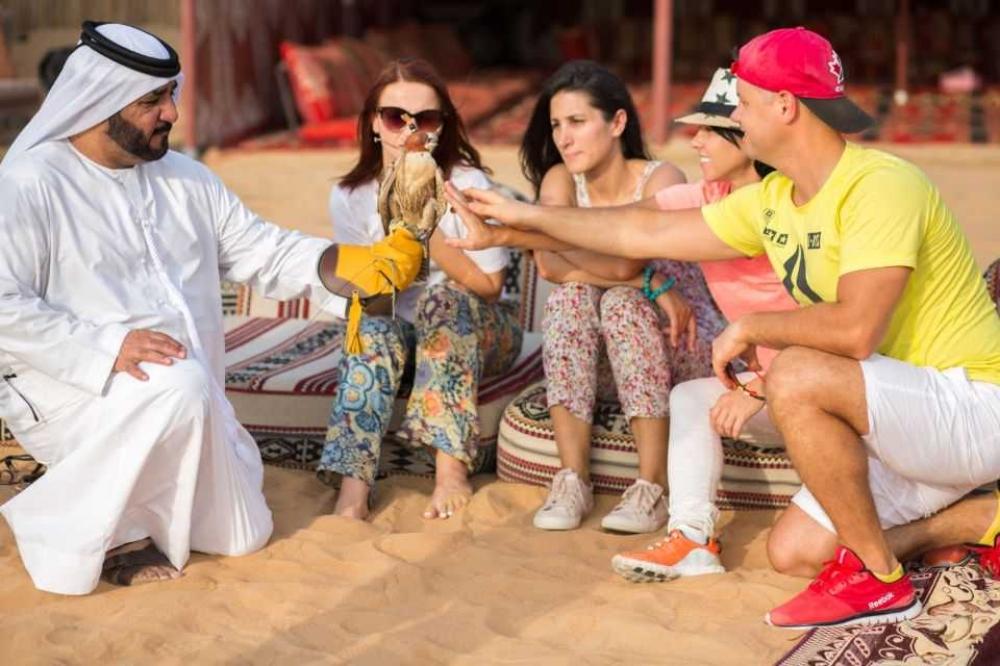 Dubai: Hot Air Balloon Flight with Quad Biking, Desert Safari, Buffet Breakfast & Falcon Show
