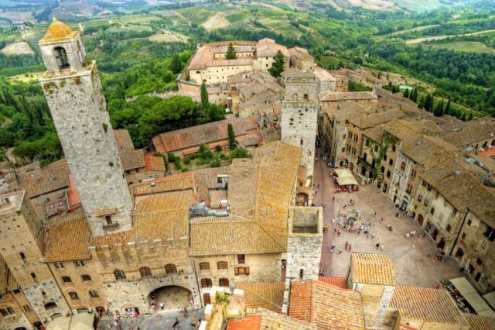 From Florence: Siena, San Gimignano and Chianti Tuscany Day Tour with Wine Tasting