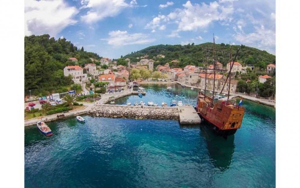 Elaphite Islands full-day Karaka Cruise from Dubrovnik with Buffet Lunch - 2020