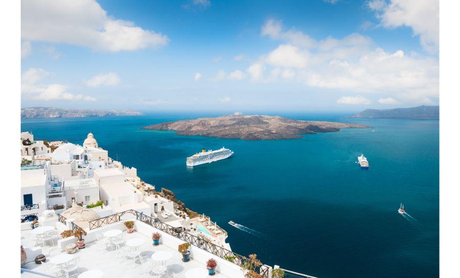 Santorini Boat Trip: Full-day Volcano Boat Tour Santorini