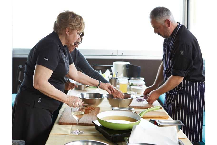 Santorini Cooking Class with an Expert Chef & Lunch