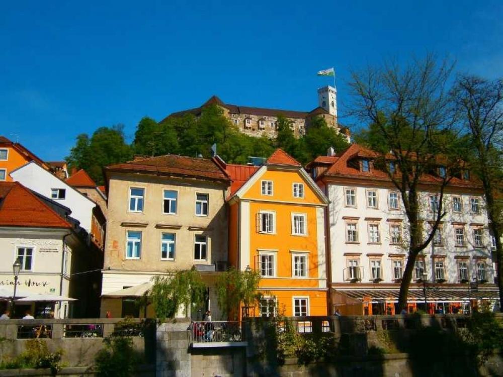 From Zagreb: Ljubljana with Postojna Cave Day Trip