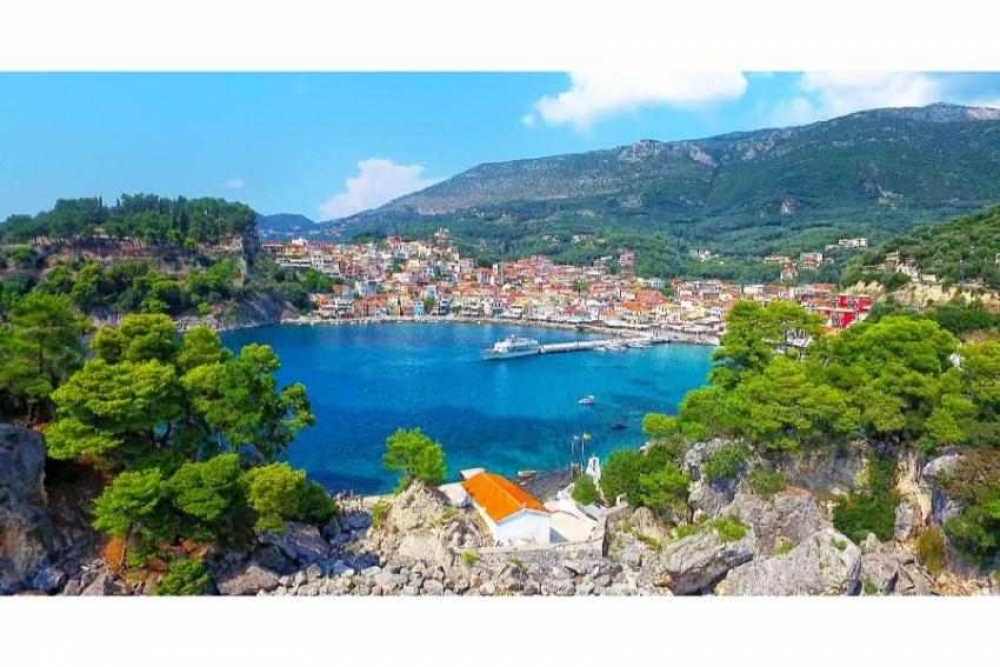 From Corfu: Day Cruise to Parga Sivota Islands & Blue Lagoon with BBQ