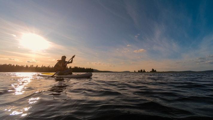 Rovaniemi SUP: Midnight Sun SUP Tour  from Rovaniemi