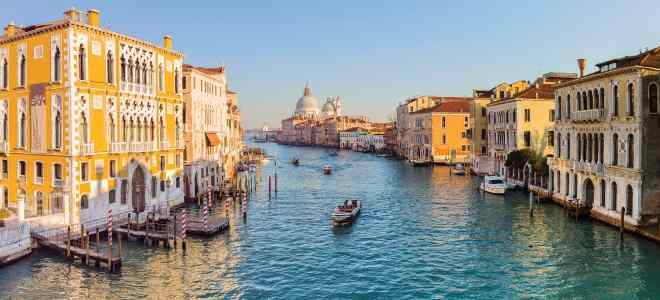 Venice Grand Canal Tour (1-hour sightseeing Boat Ride)