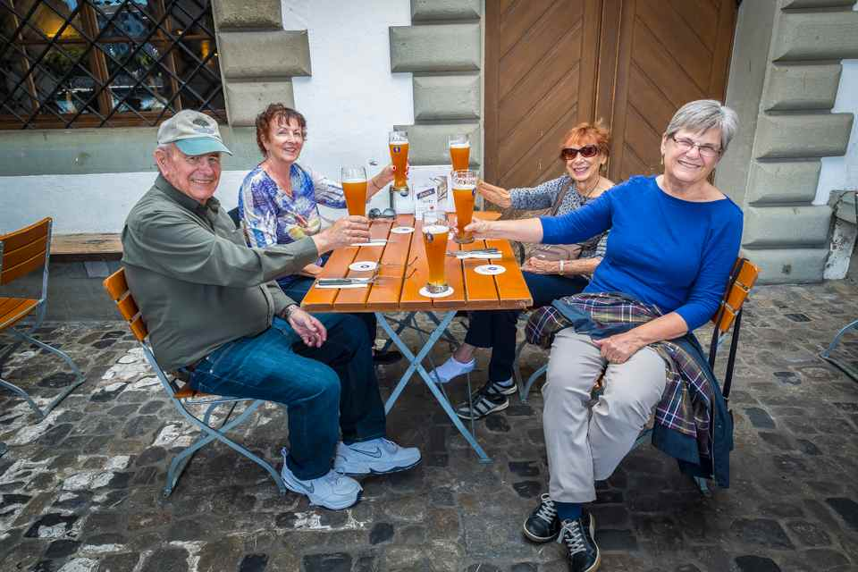 Lucerne Brewery Private Tour with Beer Tasting and Snacks