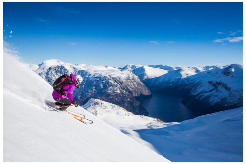 Full-day Freeskiing Stranda Ski resort Norway - Best Freeride Skiing Experience