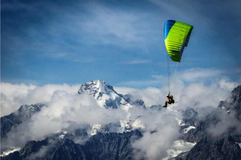 Thermal Paragliding 5-day Training Course in Verbier in Switzerland