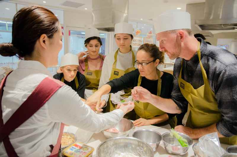 Ramen Noodles Cooking Class in Central Tokyo