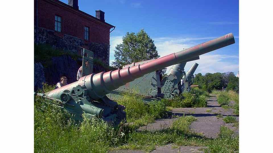 Suomenlinna Walking Tour: 6-hour Walking Tour from Helsinki