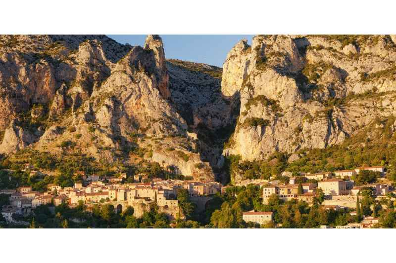 Provence Tour from Nice: Full-Day Private Provence & Lavender Tour from Nice
