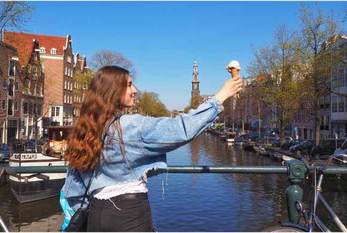 Amsterdam Food Tour: 2.5-hour Self-Guided Food Hunt in the Jordaan District
