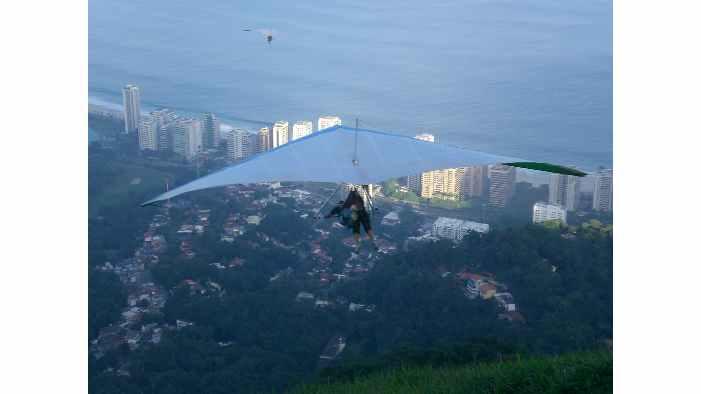 Hang Gliding in Rio de Janeiro: 2-hour Hang Gliding Adventure over Rio
