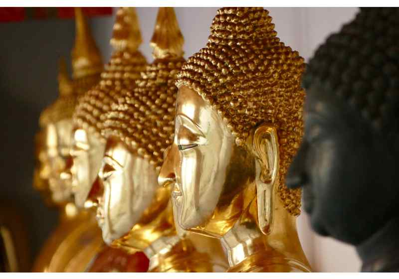 Bangkok Temples Tour: Wat Pho, Wat Arun and Wat Hong Rattanaram Private Tour