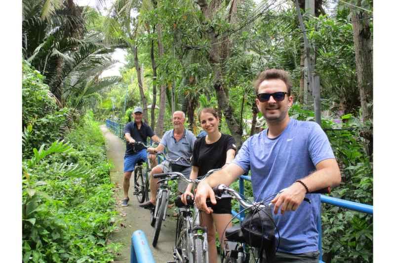 Bangkok Bike Tours: 4-hour Bangkok Sightseeing Bike Tour