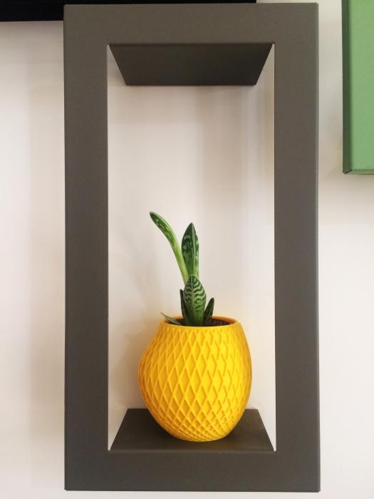 Cache-pot design pour plantes d\'intérieur