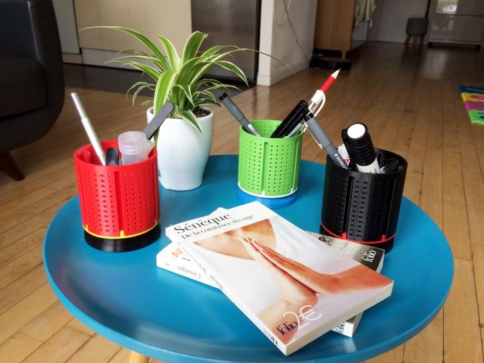 Porte-stylo / Pen holder design et ludique