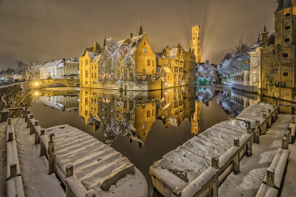 Belgium - Shades of Brugge Private Night Tour