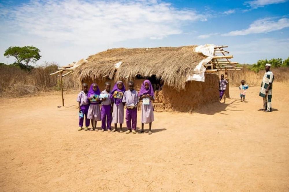 Nigeria Virtual Photo Tour- local school and village life