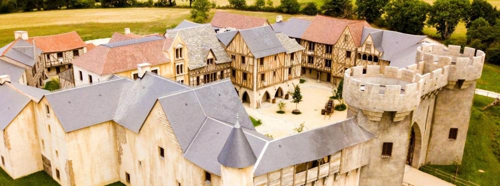La citadelle à l'intérieur du Parc d'Attraction du Puy du Fou