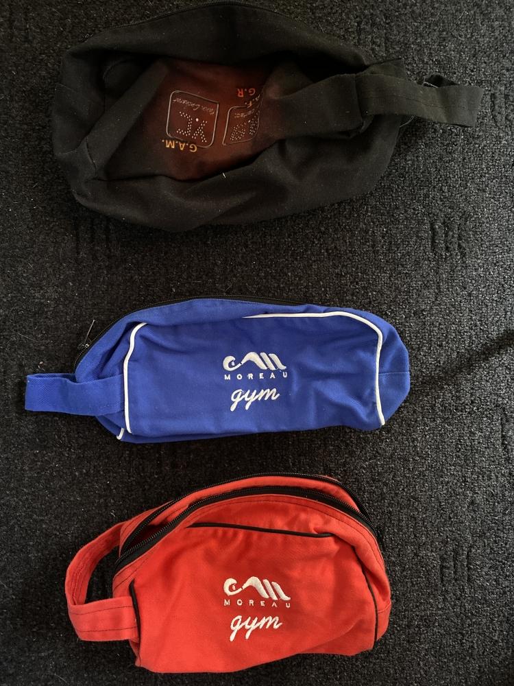 3 sacs à maniques