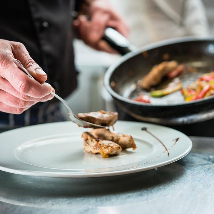 Dîner de fêtes pour découvrir la cuisine de Giuseppe Severino du restaurant la Table d'Hort.