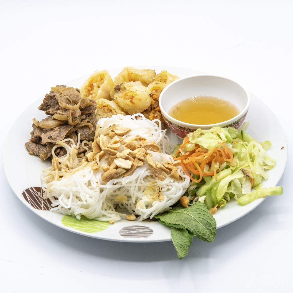 "Salade de \""Boeuf-Vermicelles\"" ou Bò bún pour 2"