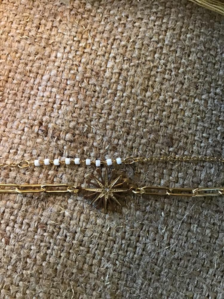 Bracelet doré en acier