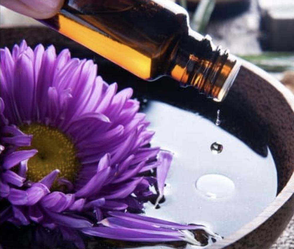 Découverte des huiles essentielles