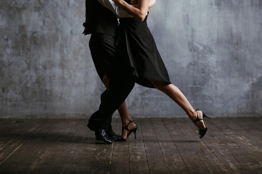 Cours de Tango Argentin - Débutant & Intermédiaire (année)