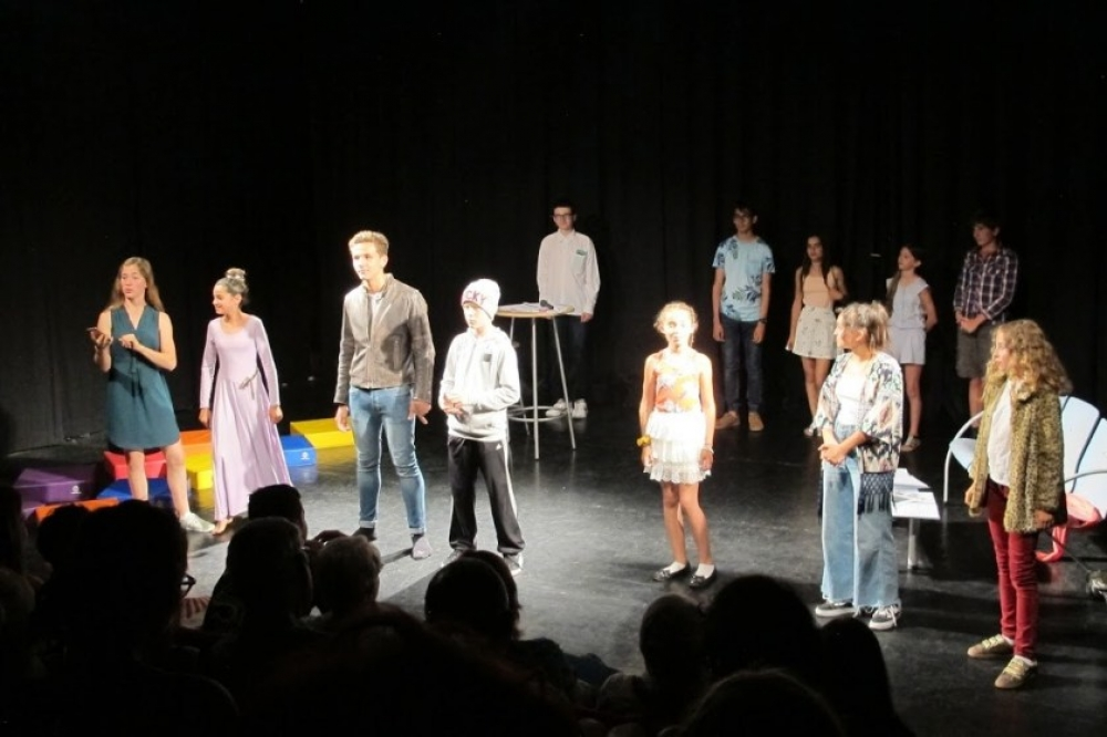 Cours de Théâtre Ado 12 ans +