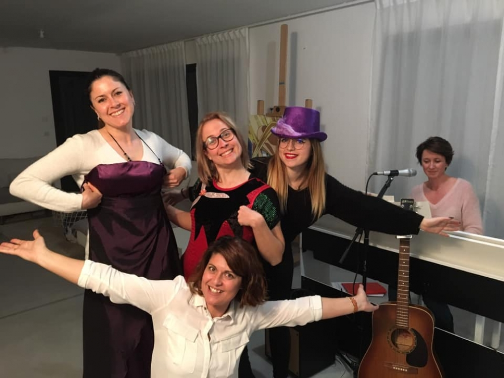 Cours collectifs show musical ados / adultes - Mensuel
