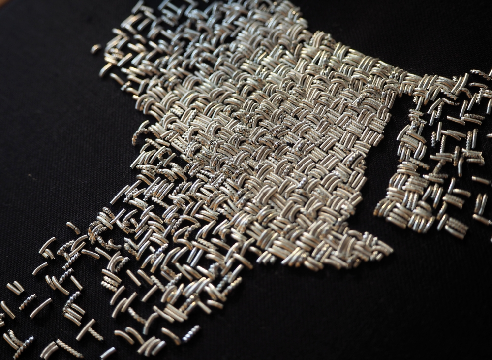 Tableau brodé, décoration textile - Série Fragment de monde.