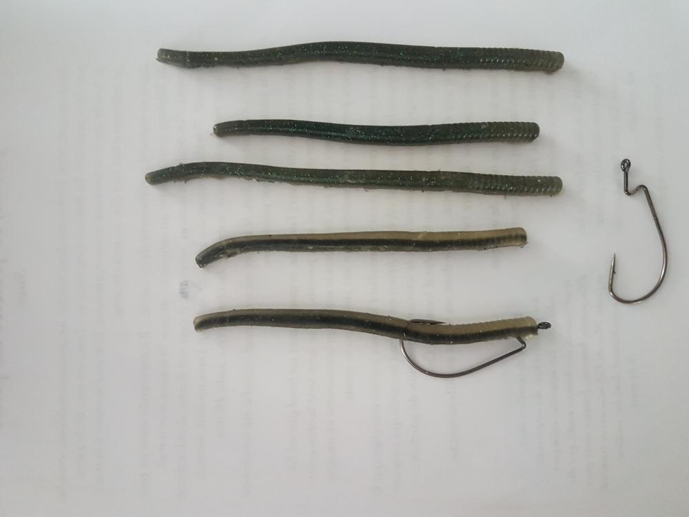 pochette worm berkley