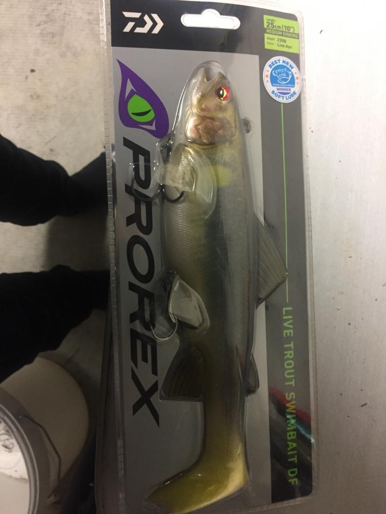Leurre live trout swimbait df