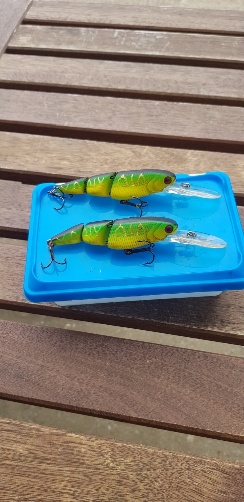 lot leurres River 2 sea v joint minnow 95 SU