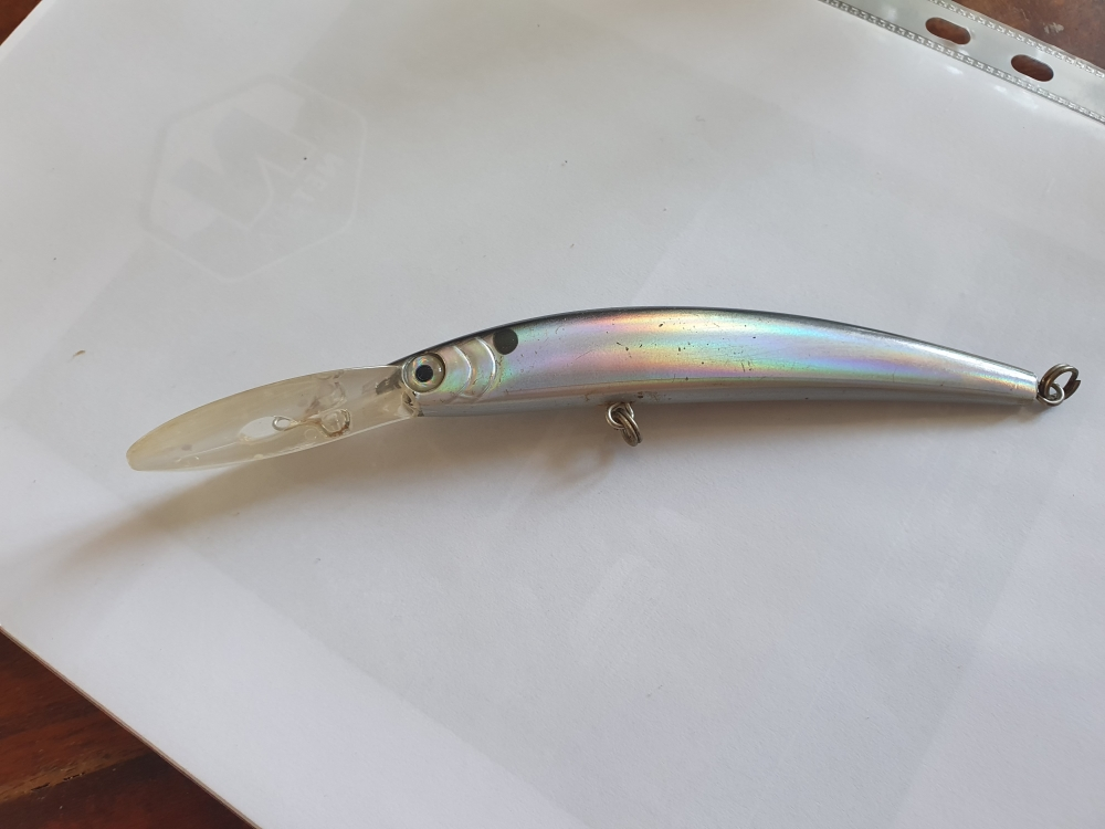 Yo-Zuri Crystal minnow deep diver F 130