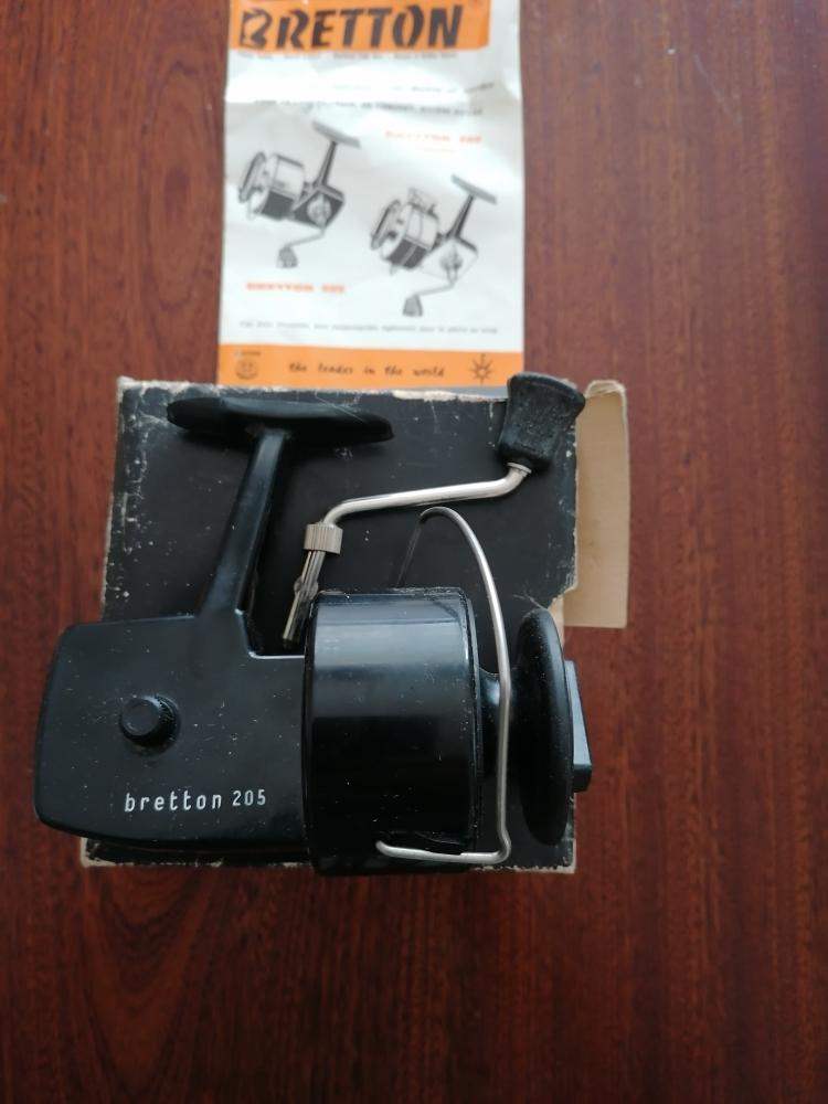 moulinet bretton 205