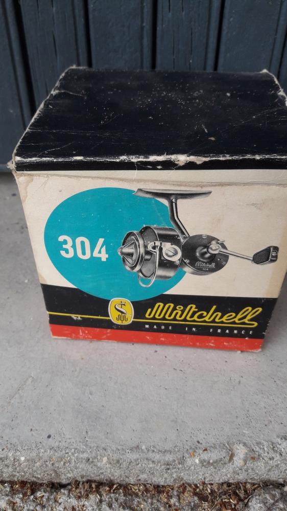 Moulinet vintage Mitchell 304 pour lancer de rivière