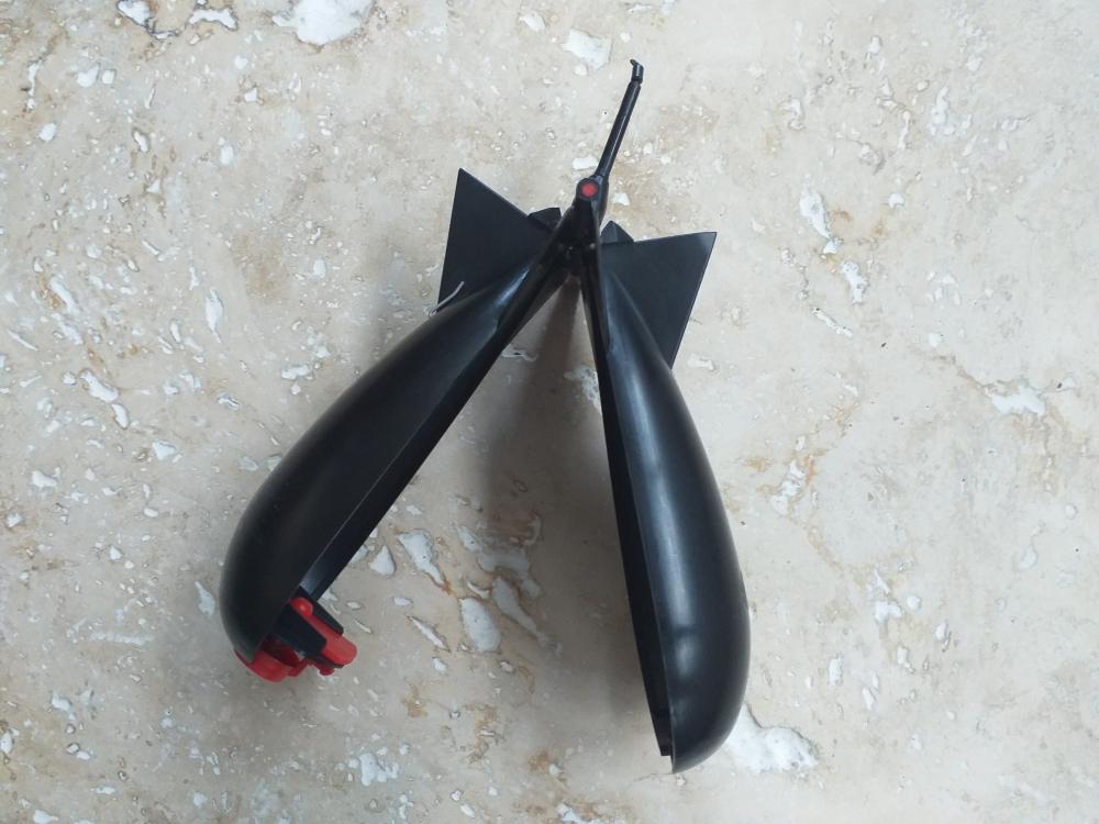 Spomb M noir