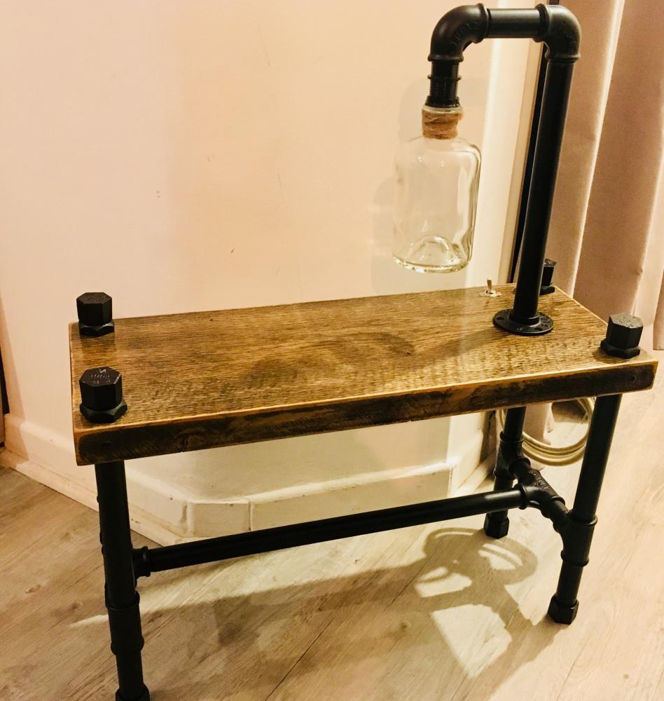 Table de Chevet avec Luminaire intégré