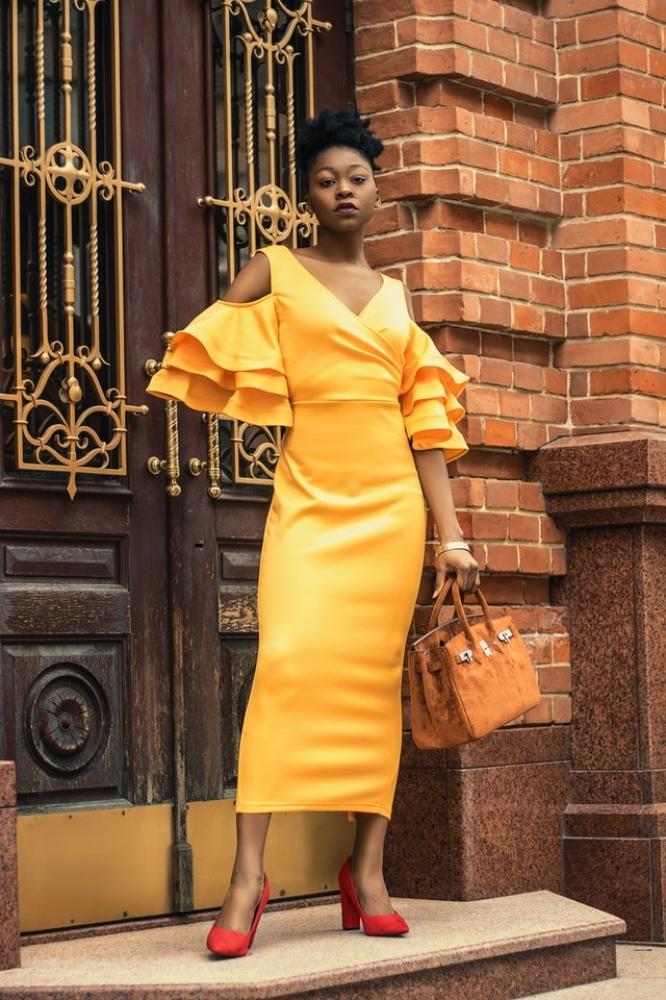 Yellow elegant dress