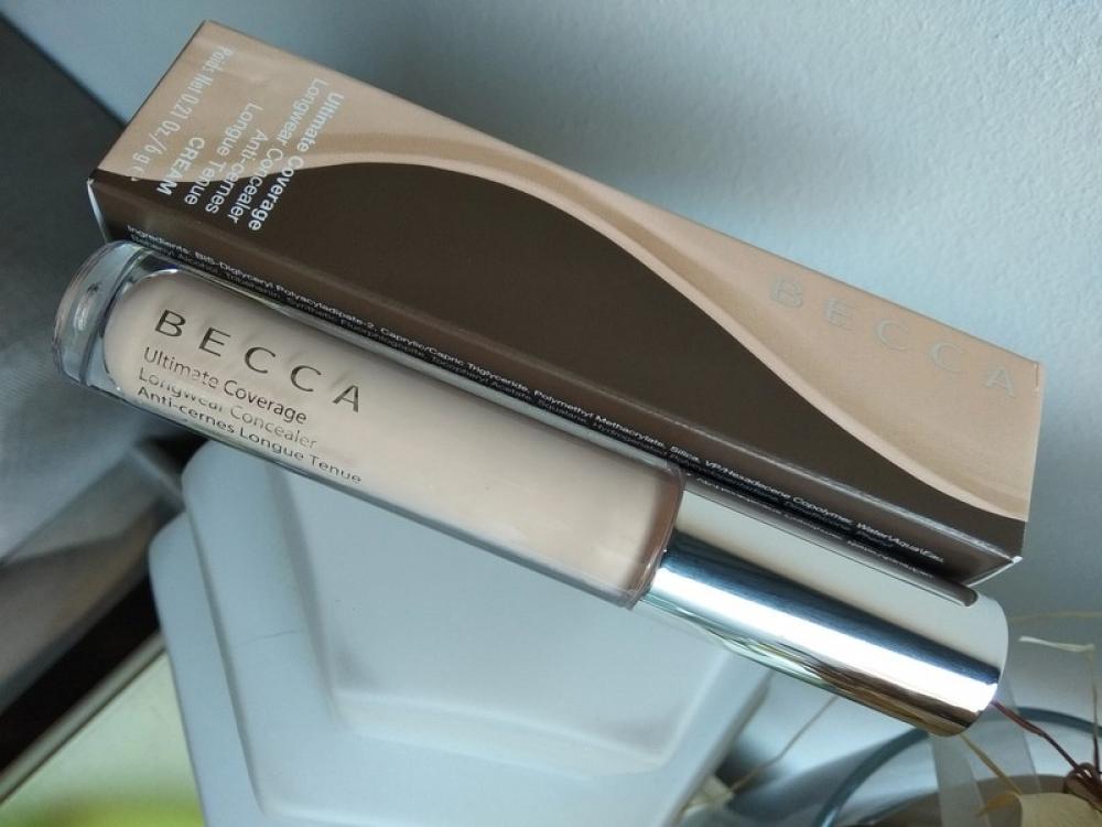 Ultimate Coverage Longwear Concealer Becca