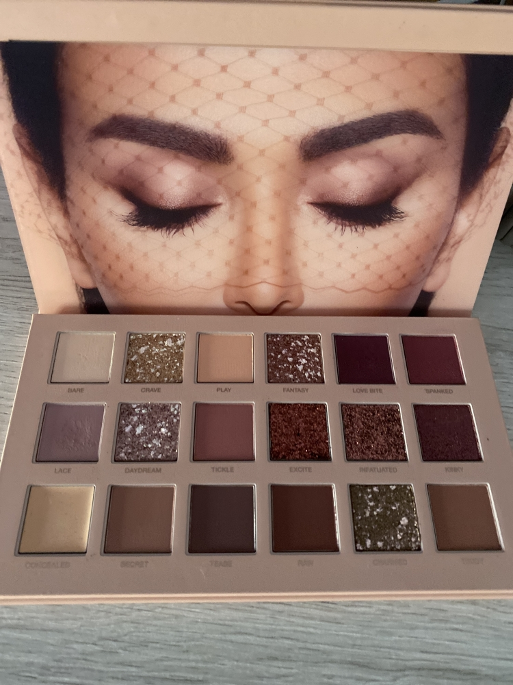 Huda The New Nude Palette