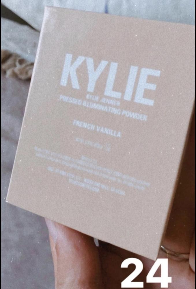 Iluminador Kylie Jenner Cosmetics